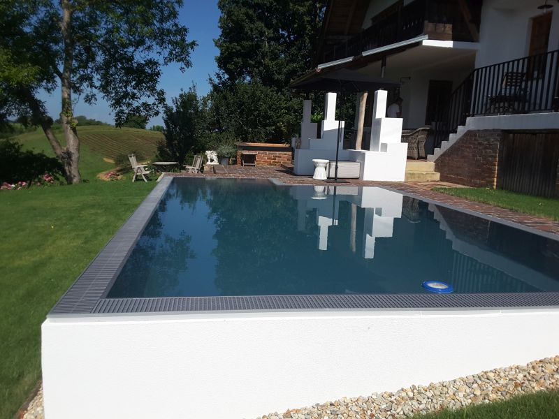 Isotec steirerpool referenzprojekt for Pool mit folie auskleiden